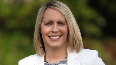 Photo of Presentadora de la BBC Lisa Shaw, de 44 años, murió debido a coágulos de sangre causados por la vacuna AstraZeneca